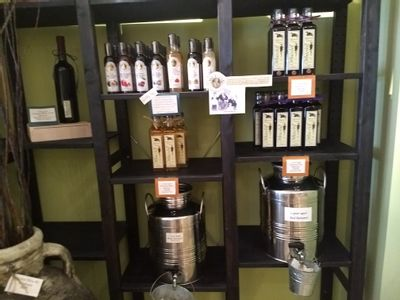 Offering balsamic vinegars from Modena Italy. This family has been crafting these since 1909