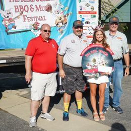 Profesional Team Grand Champion Uncle Kenny's BBQ