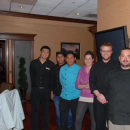 servers at draw down dinner